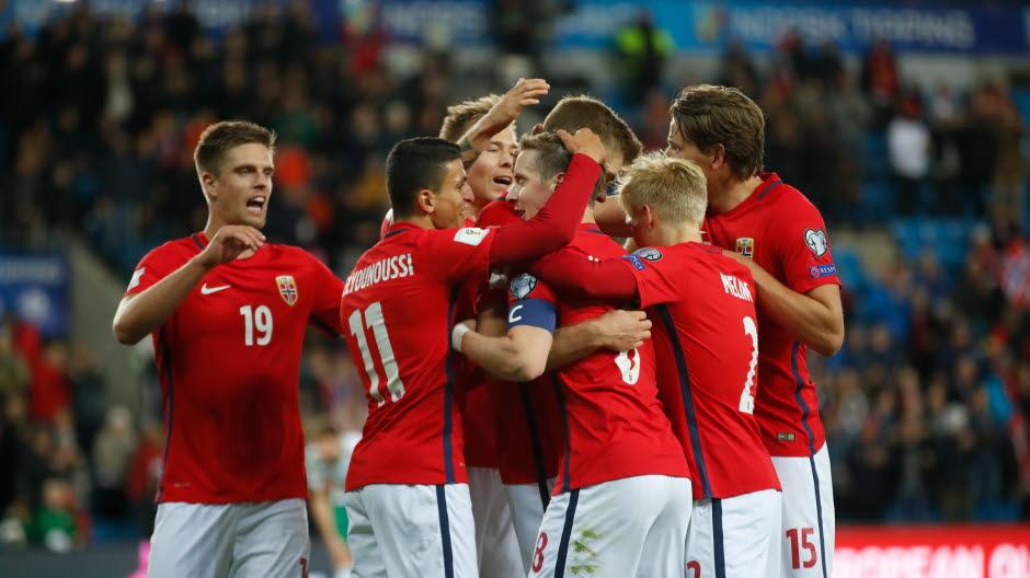 The Vikings celebrate a goal; photo: NTB Scanpix
