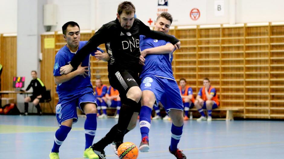 e95bc97c 04022017 eliteserien futsal KFUM-hallen Vegakameratene Sjarmtrollan Milos  Vucenovic