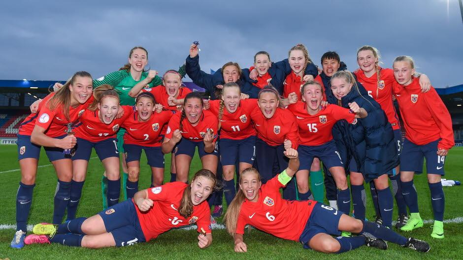 385b455f Klare for EM-semifinale: - En bragd av jentene - Norges Fotballforbund